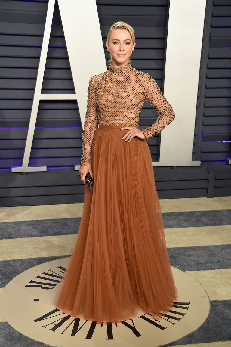 oscars-2019-after-party-julianne-hough-1551079862