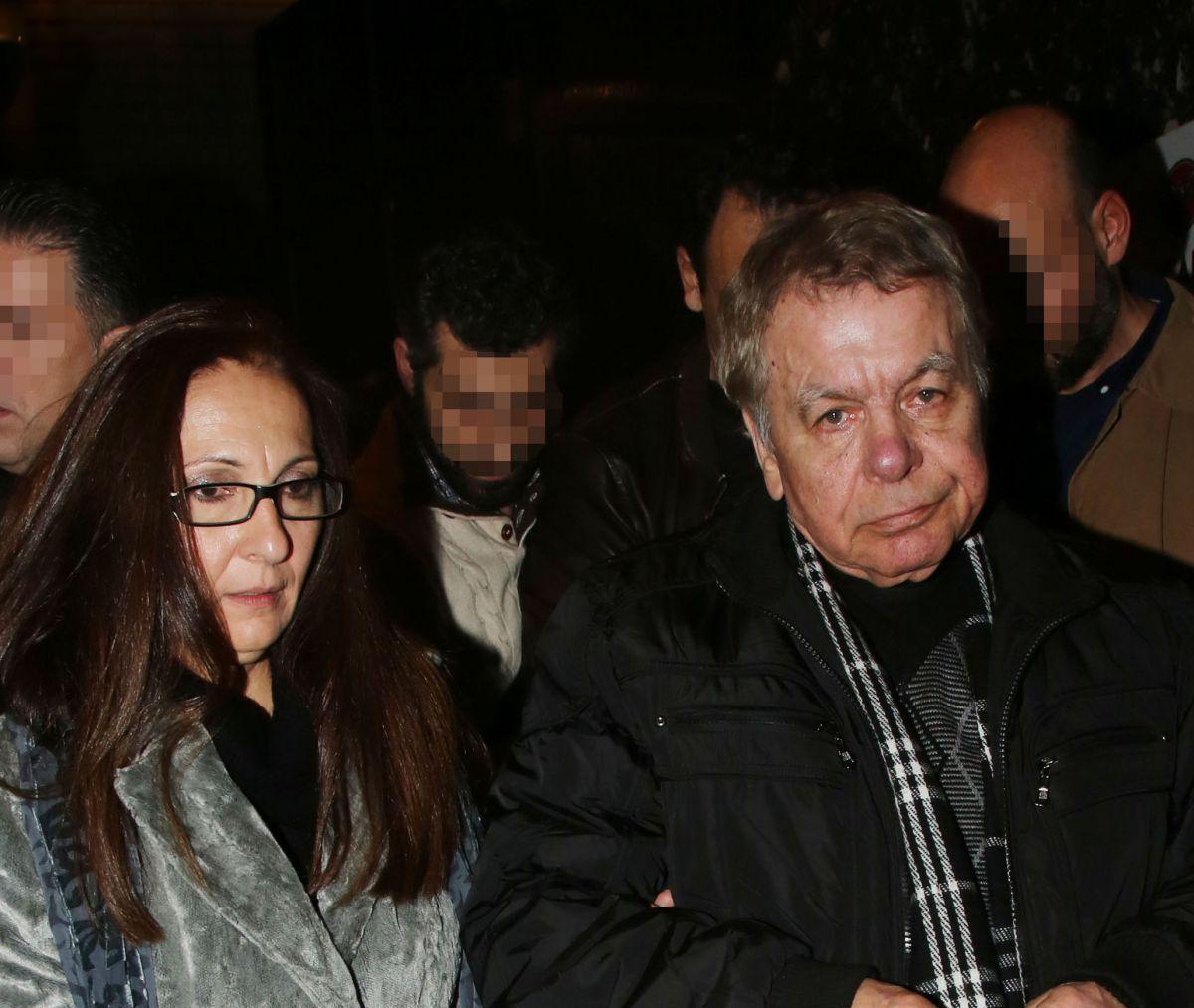 """Γιάννης Πουλόπουλος: Η σύζυγος του """"σπάει"""" της σιωπή της έναν χρόνο μετά τον θάνατο του"""