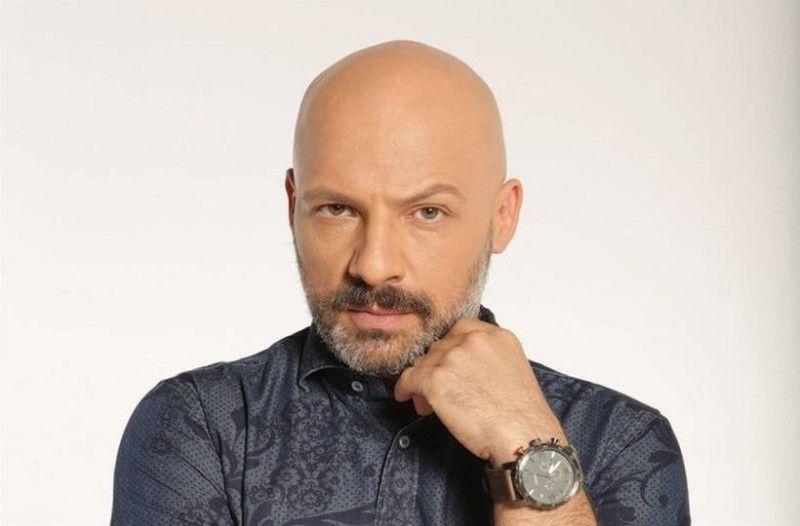 Νίκος Μουτσινάς: Σχολιάζει την επιστροφή της Ελένης Μενεγάκη και της Μαρίας Ηλιάκη στην τηλεόραση