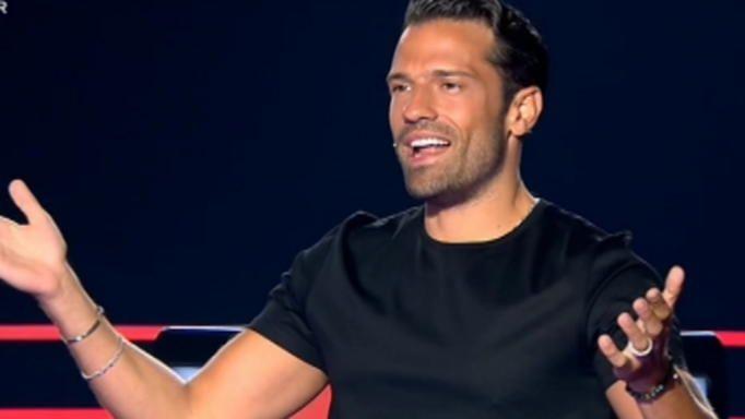 The Voice: Διαγωνιζόμενος ερμήνευσε τραγούδι του Κωνσταντίνου Αργυρού -Πως αντέδρασε ο τραγουδιστής;