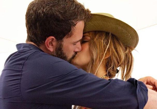 O Ben Affleck μιλά πρώτη φορά δημόσια για τη Jennifer Lopez