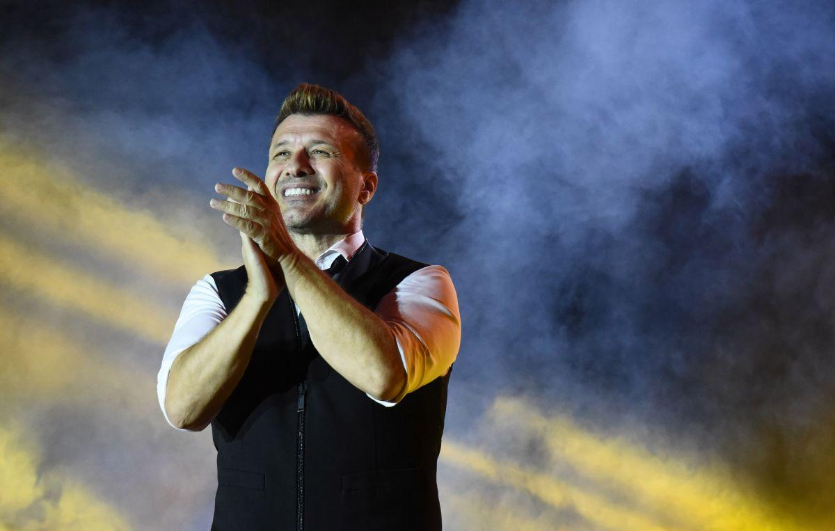 Γιάννης Πλούταρχος: Η σύζυγός του τον απόλαυσε on stage