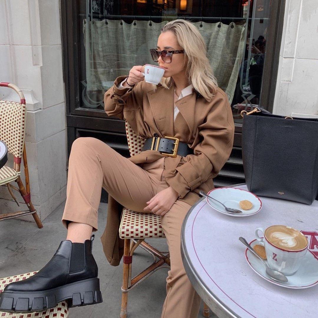 Camel παλτό: Αυτή τη σεζόν ξεπερνάει σε likes το κλασικό μαύρο -Ιδέες για styling!