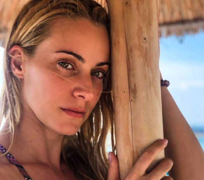 Η Σοφία Μανωλάκου μιλά για τον νέο ηθοποιό που κατηγορείται για βιασμό: «Πέφτω από τα σύννεφα»